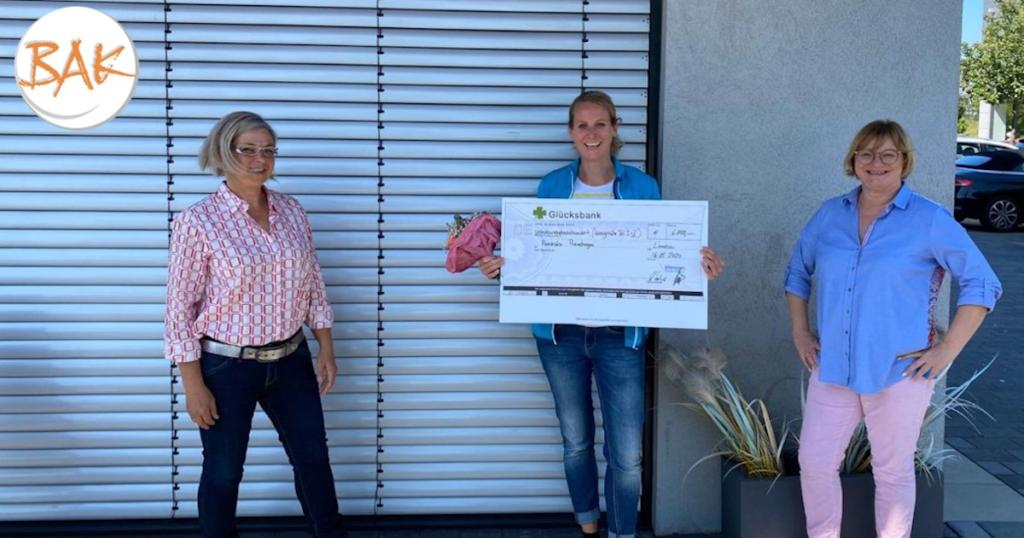 So sieht eine strahlende BAK-Siegerin aus: Franziska Reinshagen aus dem aktuellen BAK-Hörakustik-Meisterkurs gewinnt 6.800 Euro!